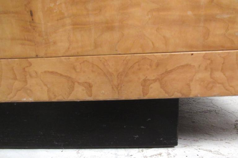 Mid-Century Modern Burl Wood Credenza by Henredon For Sale 4
