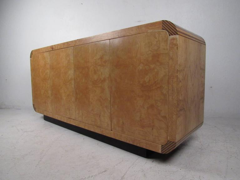 Mid-20th Century Mid-Century Modern Burl Wood Credenza by Henredon For Sale