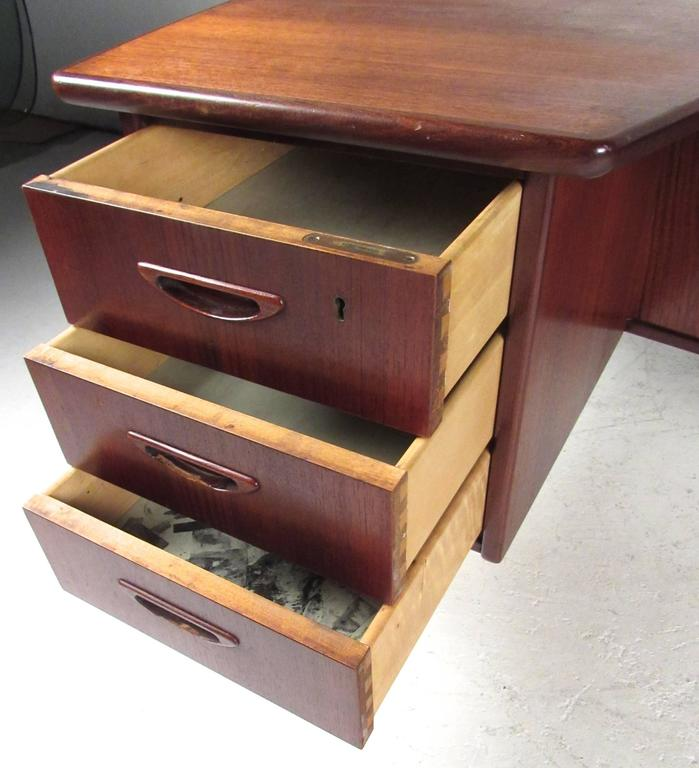 Stylish Mid-Century Modern Danish Teak Desk 5