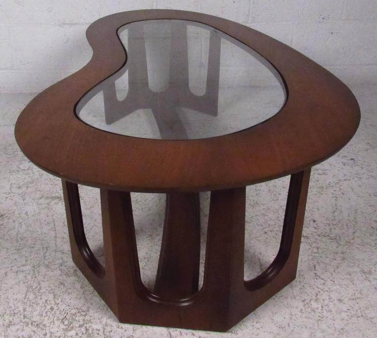Mid Century Kidney Shape Coffee Table By Bassett For Sale
