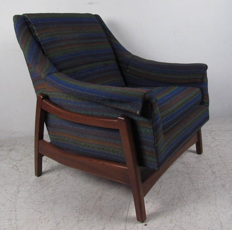 Vintage Midcentury Rocker By Paoli Chair Co For Sale At