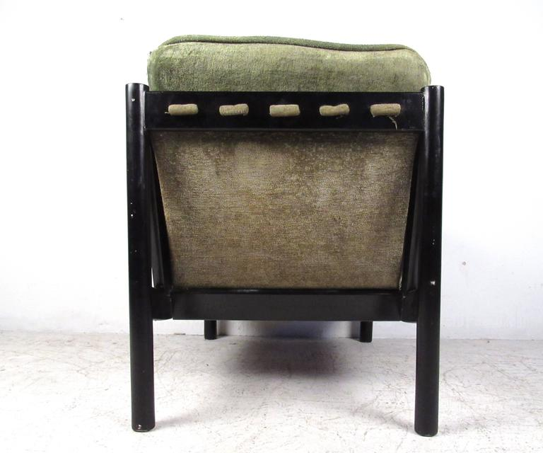 Late 20th Century Mid-Century Modern Tufted Side Chair For Sale