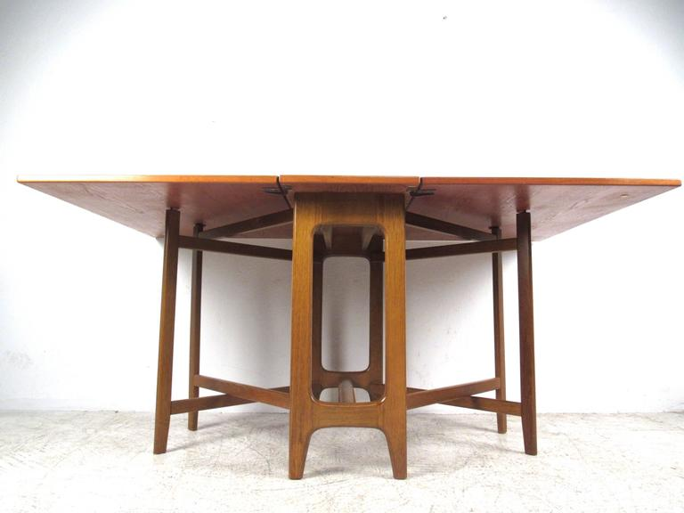 Mid Century Modern Bruno Mathsson Style Drop Leaf Table at  : IMG9377l from www.1stdibs.com size 768 x 576 jpeg 31kB