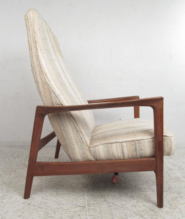 Danish Folke Ohlsson Reclining Lounge Chair for DUX For Sale