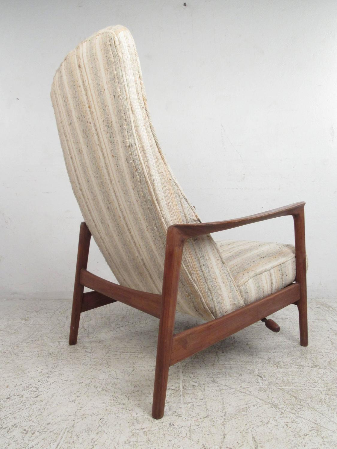 Folke Ohlsson Reclining Lounge Chair For Dux For Sale At