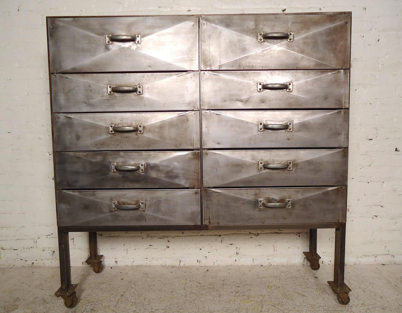 unique industrial ten drawer metal cabinet for sale at 1stdibs. Black Bedroom Furniture Sets. Home Design Ideas