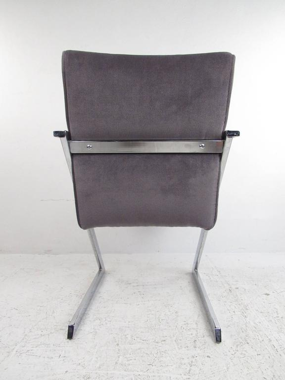 Set of Four Dining Chairs by Milo Baughman for Design Institute of America In Good Condition For Sale In Brooklyn, NY