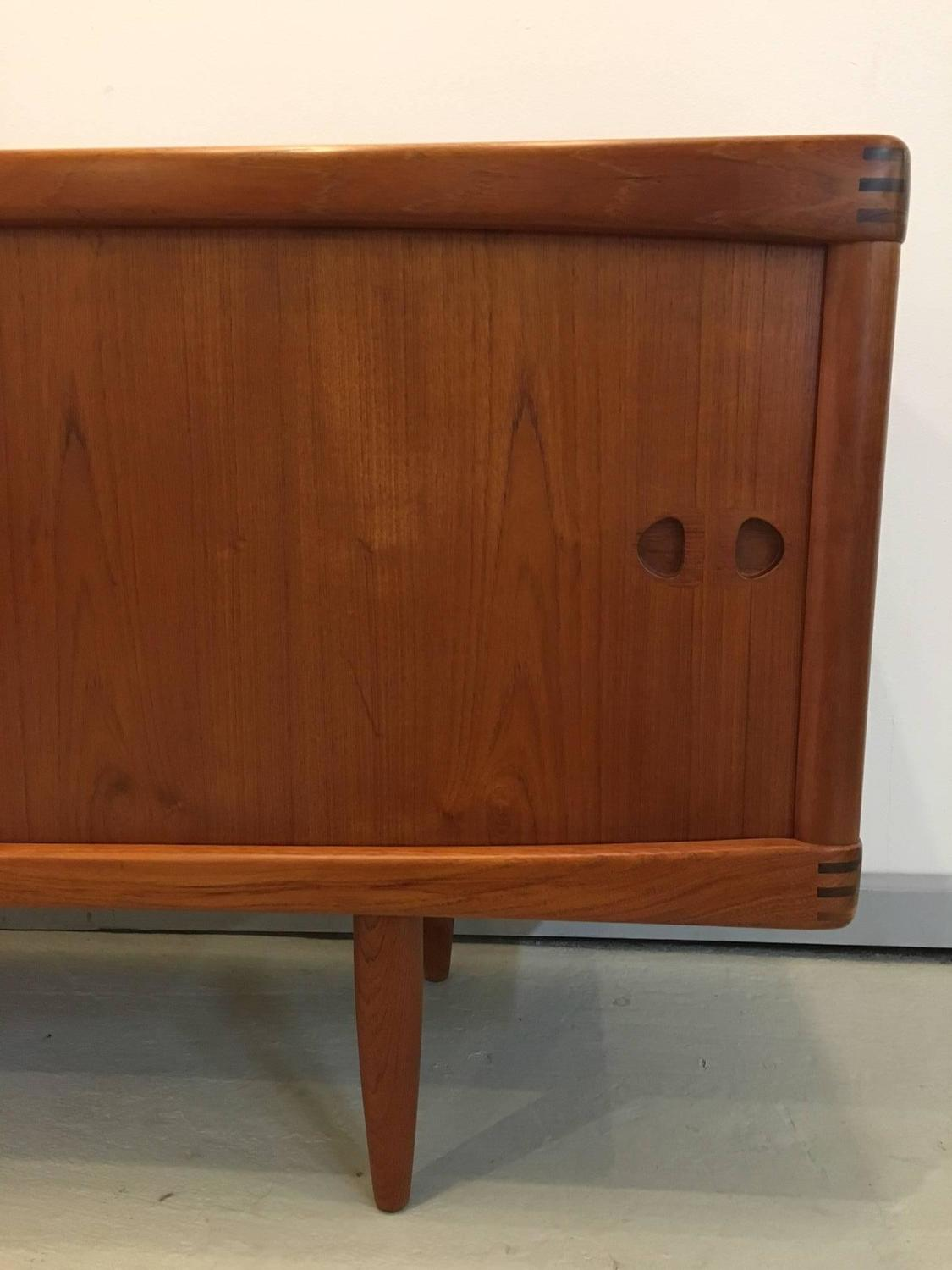 danish modern h w klein sideboard for sale at 1stdibs. Black Bedroom Furniture Sets. Home Design Ideas