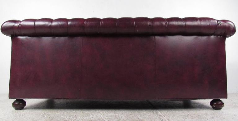 Pair of Leather Chesterfield Sofas In Good Condition In Brooklyn, NY
