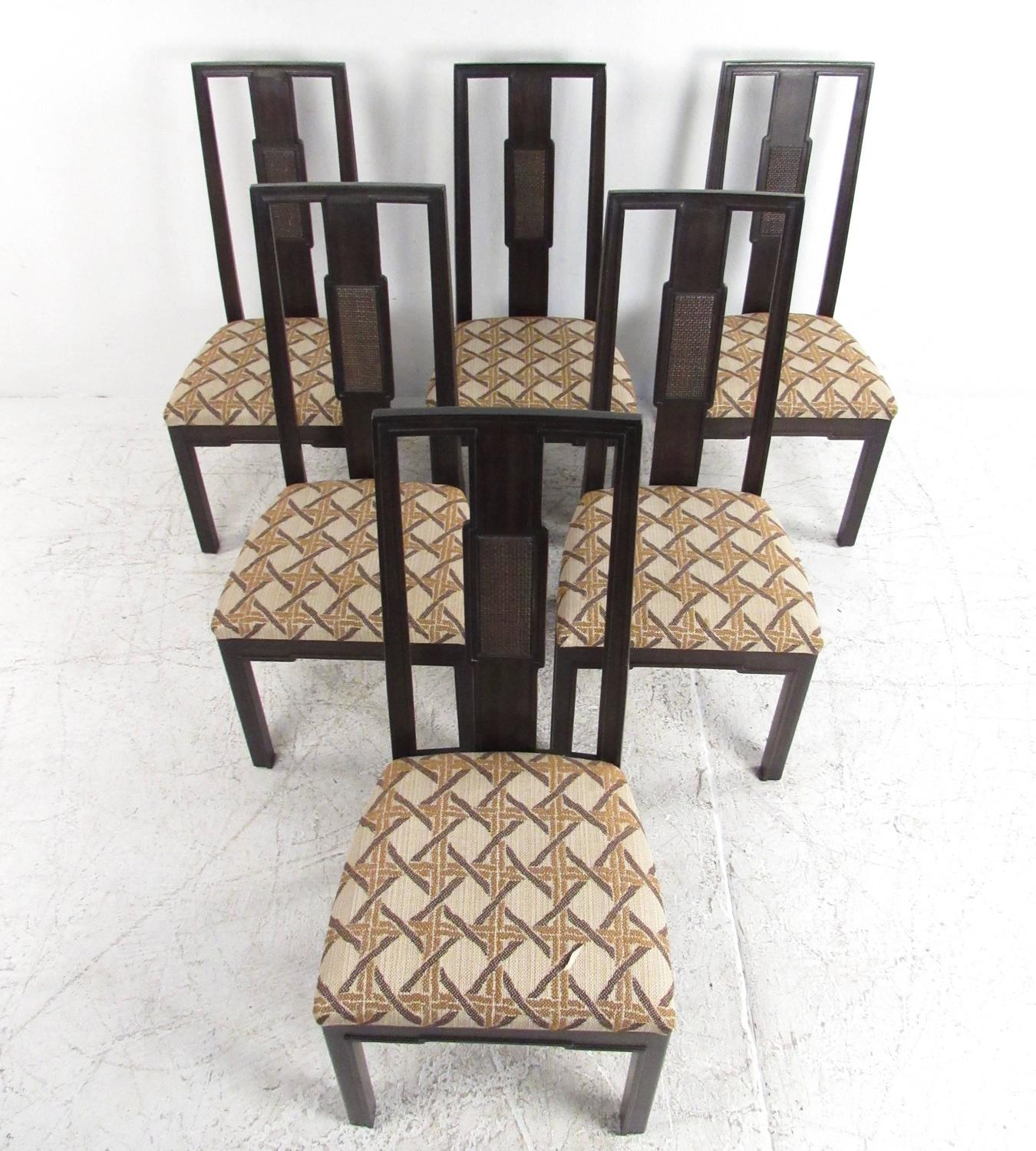 Mid-Century Modern Dining Room Set By John Stuart For Sale