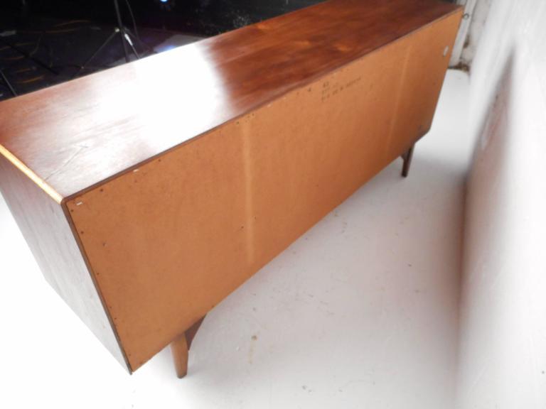 Mid-Century Modern Walnut Dresser by Warren Church for Lane For Sale 1