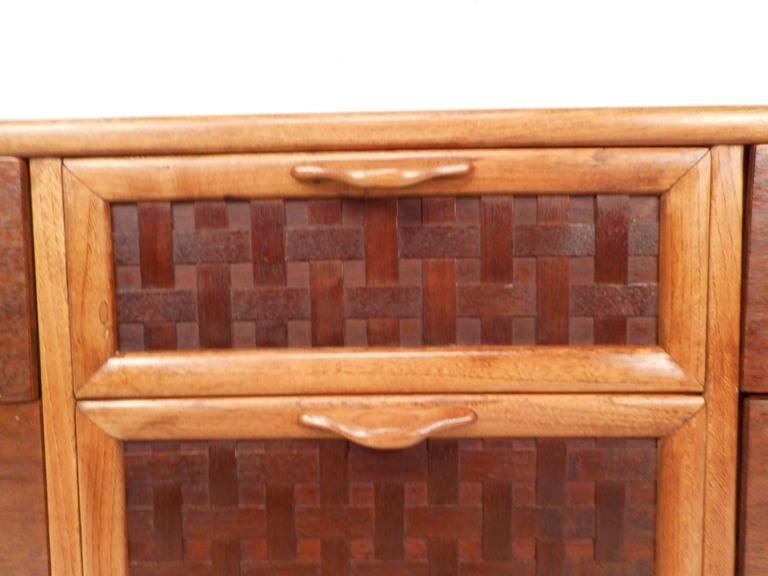 Late 20th Century Mid-Century Modern Walnut Dresser by Warren Church for Lane For Sale