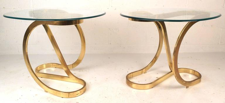 20th Century Mid-Century Modern Coffee and End Table Set For Sale