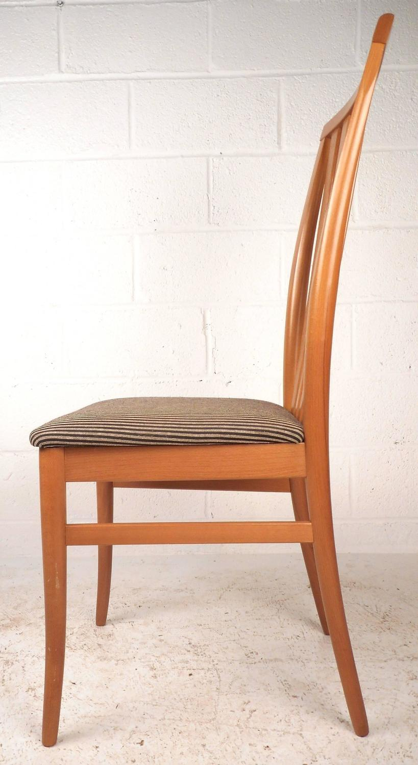 Set Of Contemporary Modern Highback Maple Dining Chairs For Sale At 1stdibs