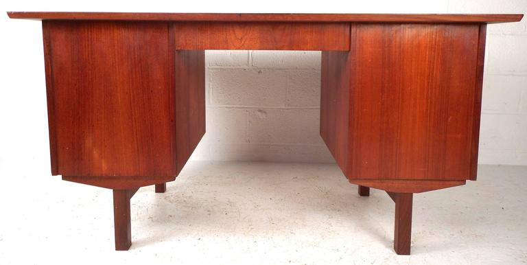 Mid-Century Modern Danish Teak Writing Desk For Sale 1