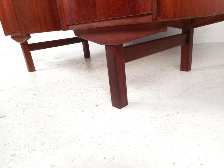 Mid-Century Modern Danish Teak Writing Desk For Sale 2