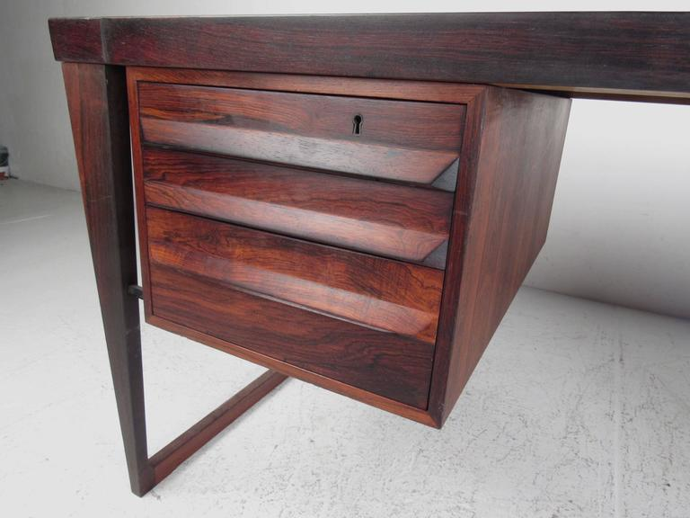 Mid-Century Modern Rosewood Executive Desk by Kai Kristiansen In Good Condition For Sale In Brooklyn, NY