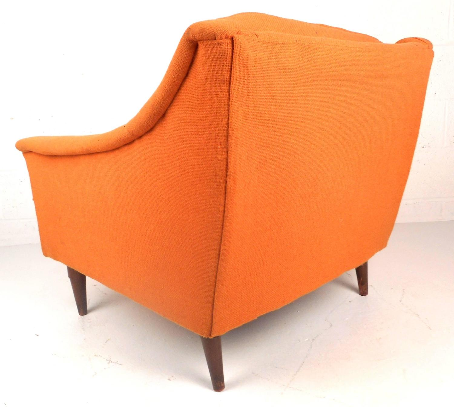 Mid Century Modern Danish Lounge Chair By Selig For Sale At 1stdibs