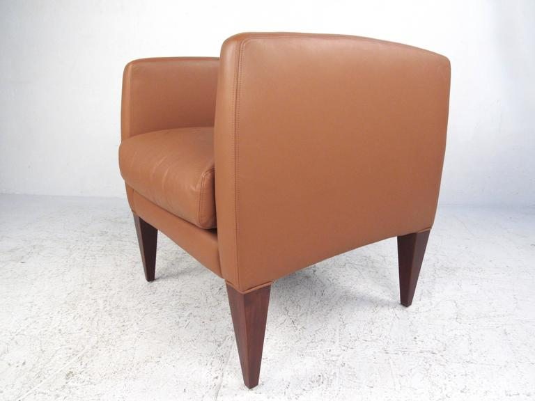 Pair of Contemporary Modern Italian Leather Club Chairs 5