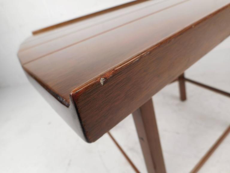 Mid-Century Modern Dunbar Style Slat Bench For Sale 3