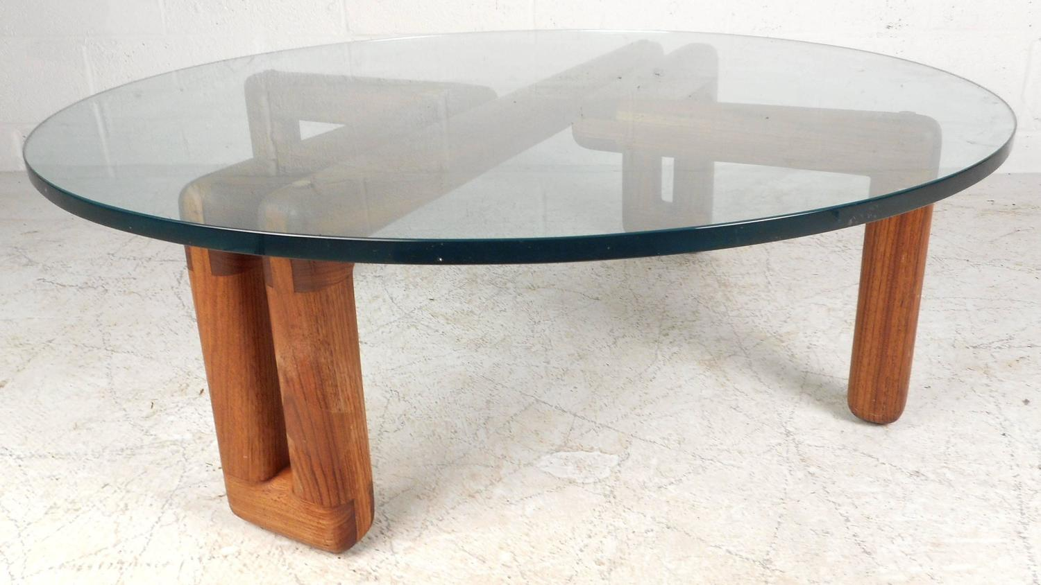 Mid Century Modern Round Glass Coffee Table For Sale At 1stdibs