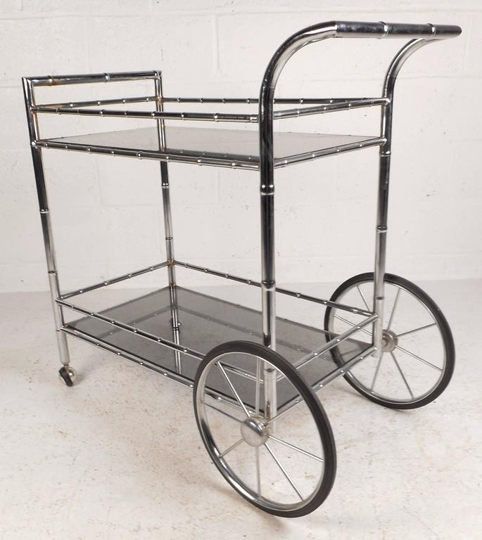 Mid-Century Modern Vintage Modern Bar Cart in Faux Bamboo Finish For Sale