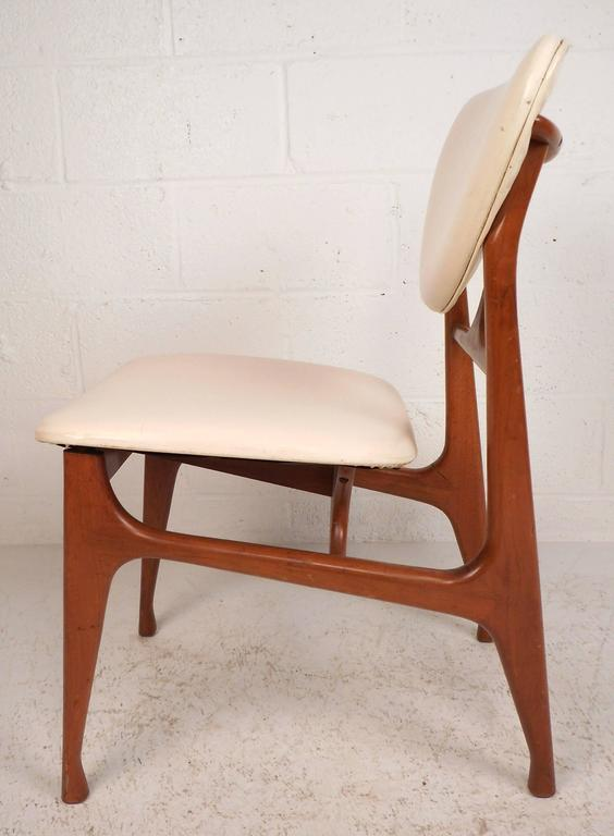 Danish Set of Mid-Century Modern Teak Dining Chairs in the Style of Finn Juhl For Sale