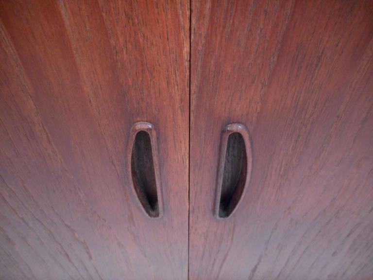 Mid-Century Modern Danish Teak Two-Door Cabinet For Sale 3