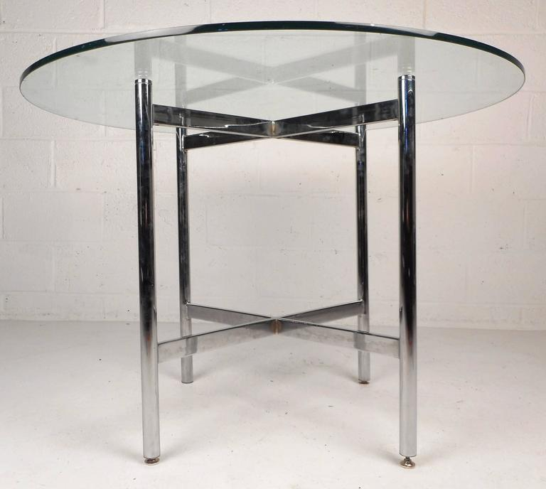 Mid-Century Modern Chrome X-Base Dining Set In Good Condition For Sale In Brooklyn, NY
