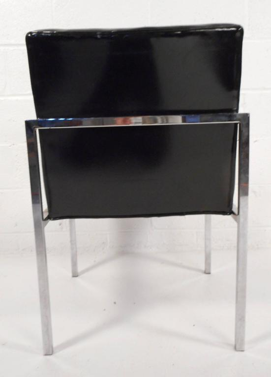 Set of Mid-Century Modern Vinyl and Chrome Dining Chairs For Sale 2