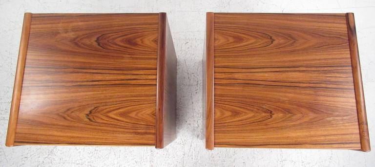Contemporary Pair of Danish Modern Nightstands For Sale
