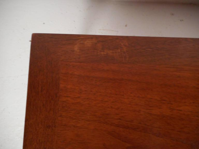 Vintage Walnut Coffee Table by Lane For Sale 3