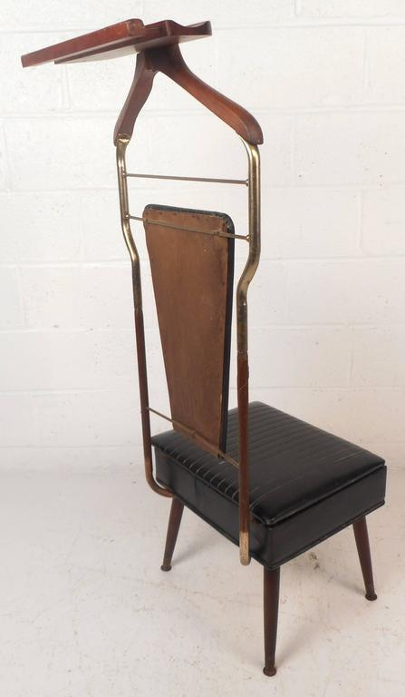Mid-Century Modern Valet Butler Chair In Good Condition For Sale In Brooklyn, NY