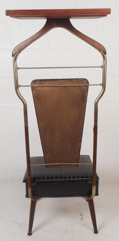 mid century modern valet butler chair for sale at 1stdibs rh 1stdibs com antique baby butler high chair Vintage Men's Valet Chair