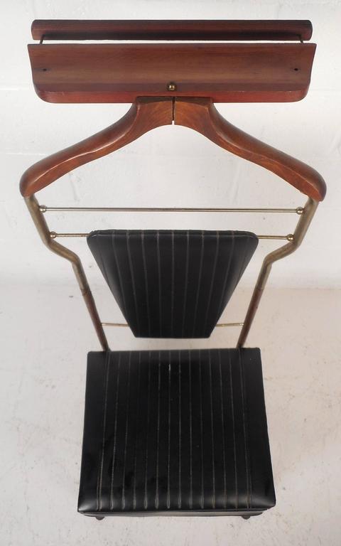 Brass Mid-Century Modern Valet Butler Chair For Sale