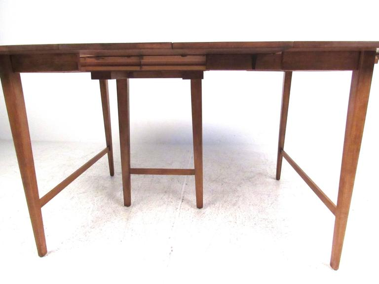 Drop-Leaf Dining Table by Paul McCobb for Winchendon 6