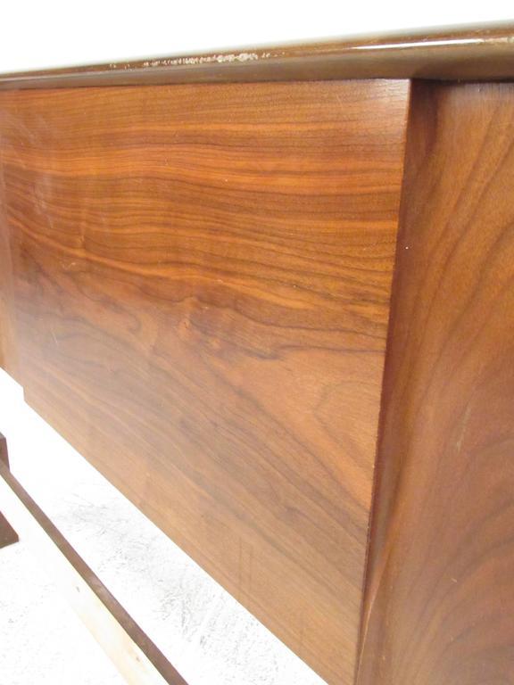 Full Size Walnut Headboard by Edmond J. Spence In Good Condition For Sale In Brooklyn, NY