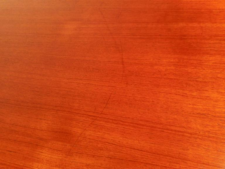Mid-Century Modern Teak Draw-Leaf Dining Table For Sale 1
