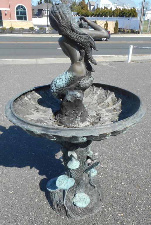 Mermaid Fountain Garden Statue Designs