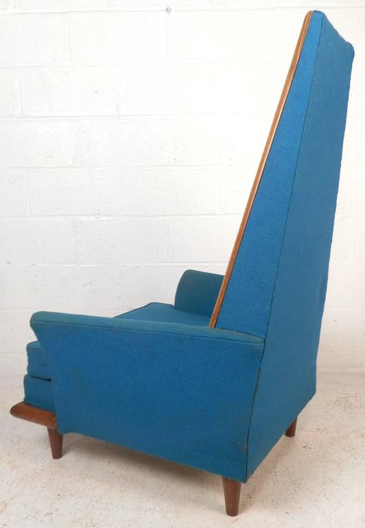 American Mid-Century Modern High Back Lounge Chair in the Style of Adrian Pearsall For Sale