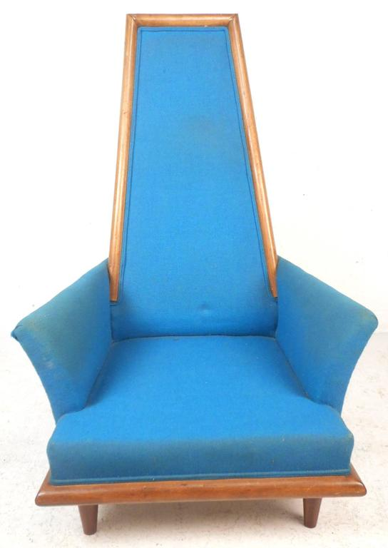 Late 20th Century Mid-Century Modern High Back Lounge Chair in the Style of Adrian Pearsall For Sale