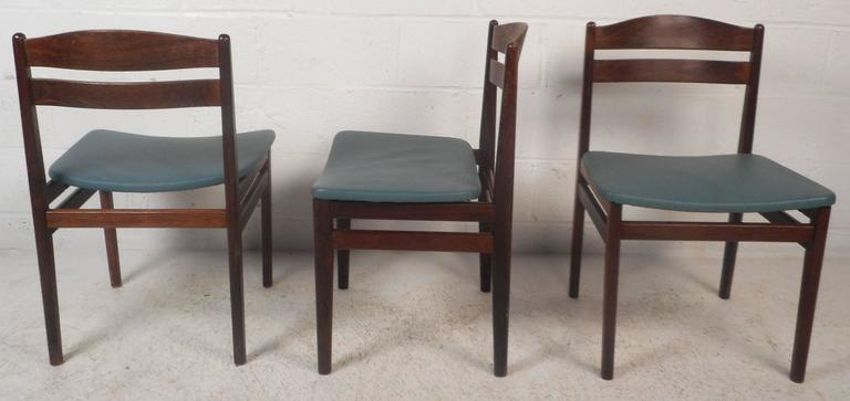 Set of Four Mid-Century Modern Danish Rosewood Dining Chairs with Leather Seats For Sale 1