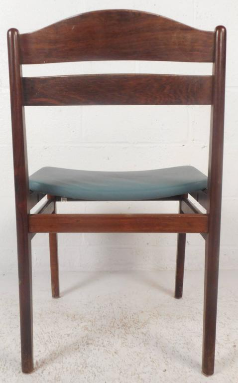 Set of Four Mid-Century Modern Danish Rosewood Dining Chairs with Leather Seats In Good Condition For Sale In Brooklyn, NY