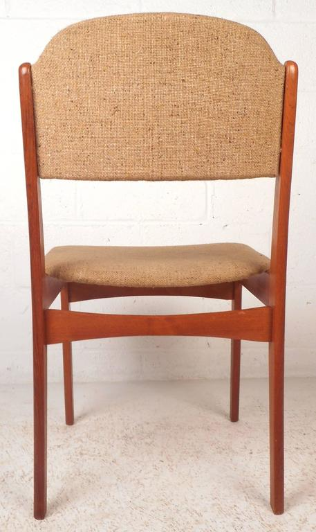 Set of Six Mid-Century Modern Danish Teak Dining Chairs For Sale 1