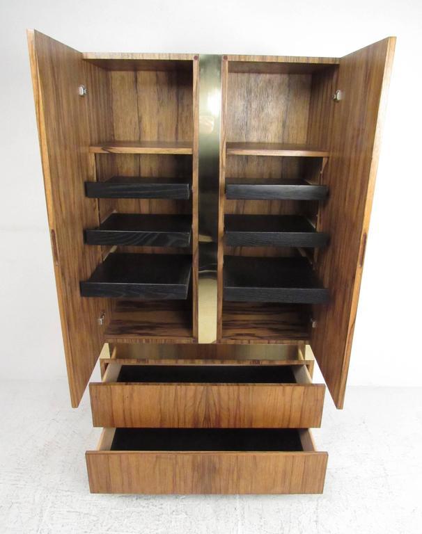 Mid-Century Modern Vintage Milo Baughman for Thayer Coggin Rosewood Wardrobe For Sale