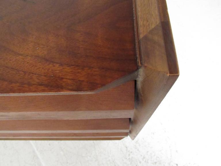 Mid-Century Walnut Dresser by Lane For Sale 4