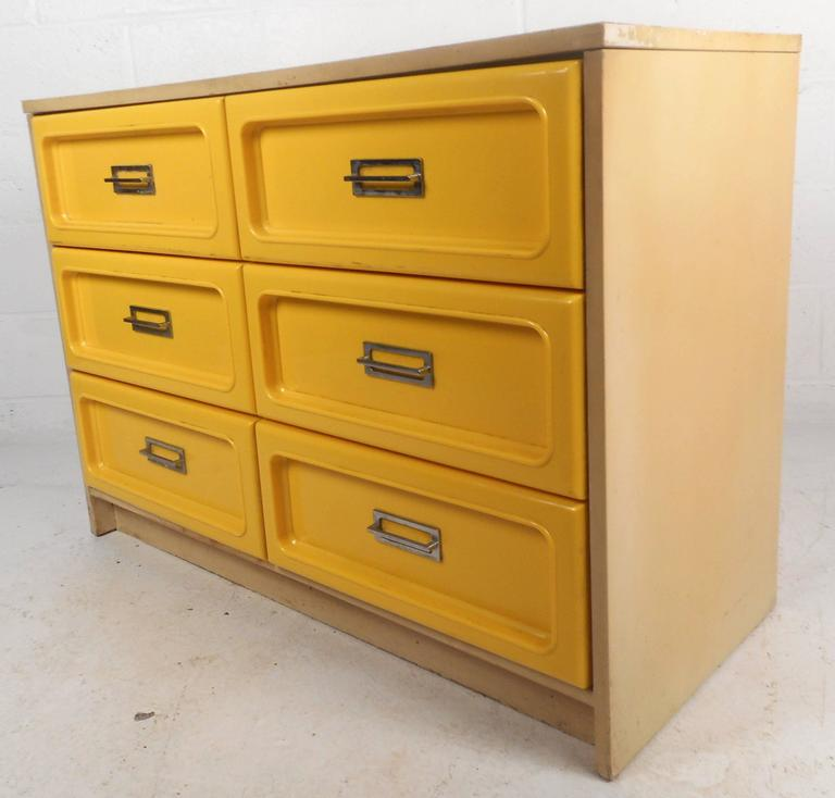 Late 20th Century Mid-Century Modern Loewy Style Bedroom Set For Sale