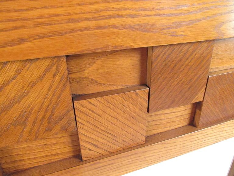 Lane Brutalist Style Oak Frame Mirror In Good Condition For Sale In Brooklyn, NY