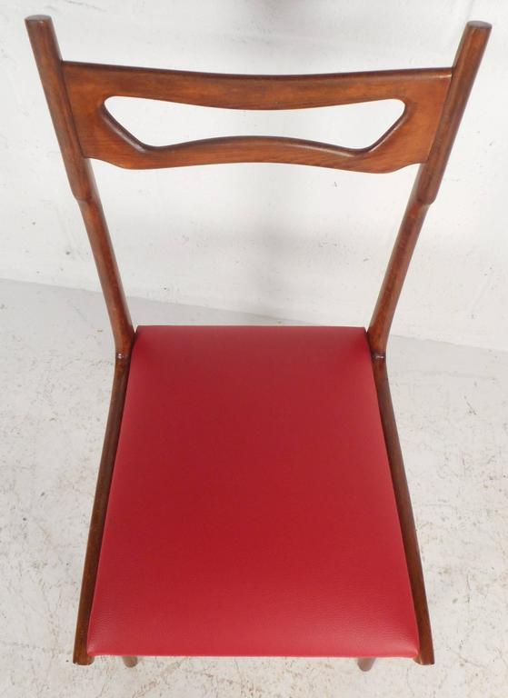 Set of Mid-Century Modern Italian Dining Chairs For Sale 2