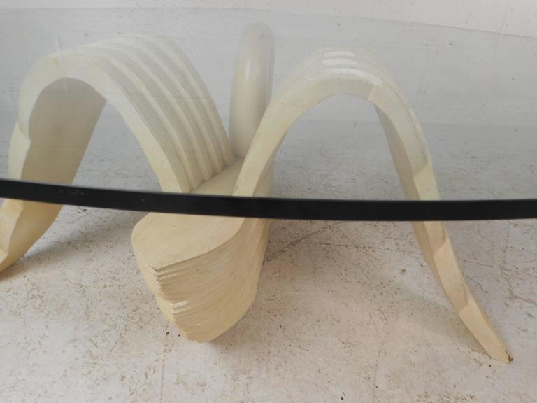 Elegant Mid-Century Modern Swan Coffee Table 2